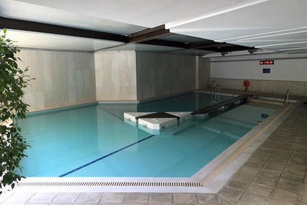 MONTE CARLO STAR STUDIO 80 m² MIXTE INDOORS POOL