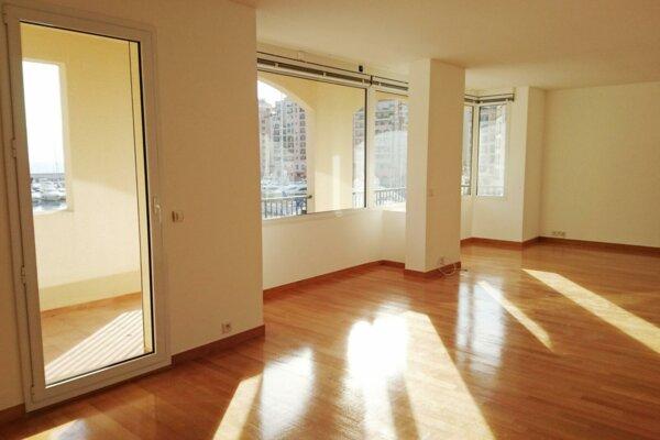 FONTVIEILLE QUATTROCENTO 5 PIECES 278 m² CAVE ET 4 PARKINGS